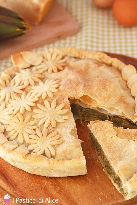 Finalmente la stagione dei carciofi: che bontà! La prima cosa che ho voluto preparare con questo ingrediente è stata la Torta Salata di Carciofi.