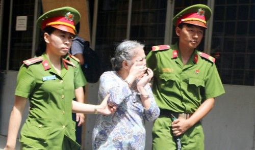 A 73-year-old Australian citizen has been sentenced to death in Vietnam for heroin trafficking.