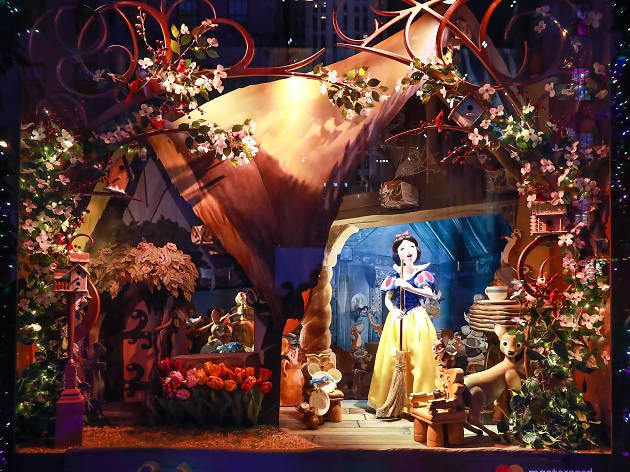Christmas Window Displays Nyc 2020 Check out the most stunning Christmas window displays in NYC in