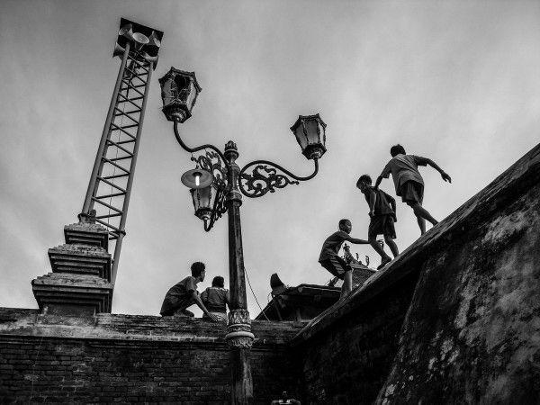 """Running in the high ""  Kota Gede,Yogyakarta"