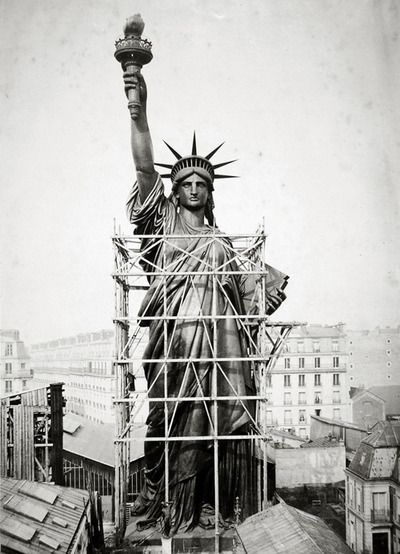 Statue of Liberty being built in Paris 1880
