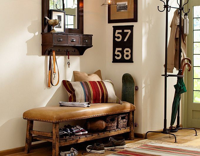 Foyer Furniture Zone : Simple but successful all the key elements for a