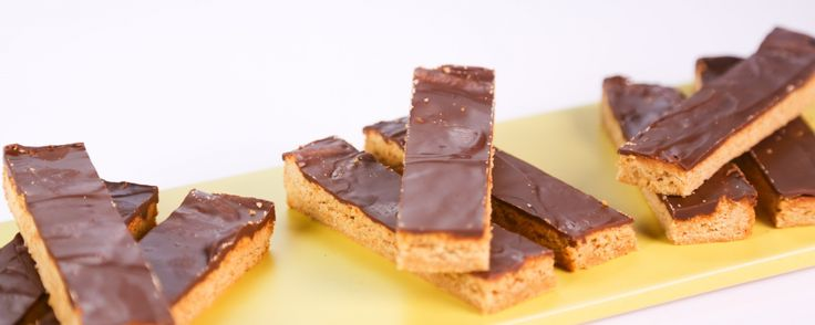 1000+ images about -Sweets: Candy on Pinterest | Almond joy ...