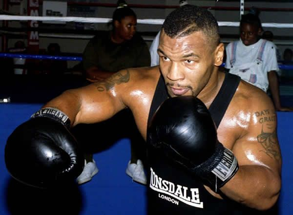 Mike Tyson 15-Years-Old Badass (Video