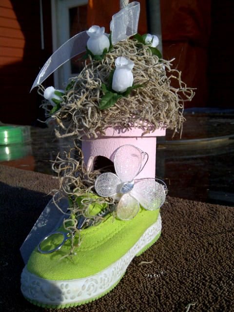 Re purposed Baby shoe...now an adorable baby bird house. Would look so cute hanging in a little girls room or can be used as a cake topper for a baby shower cake! $15.00 and I will ship