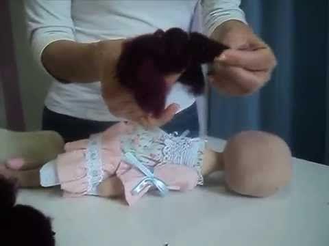 Boneca Russa parte  Cabelo feito com lã feltrada