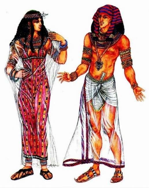 Костюм древнеегипетской царицы (калазирис с геометрическим орнаментом, воротник из фаянсовых бус, парик, украшенный цветком лососа) и костюм фараона (схенти и верхний передник, полосатый клафт, скарабей - символ плодородия).