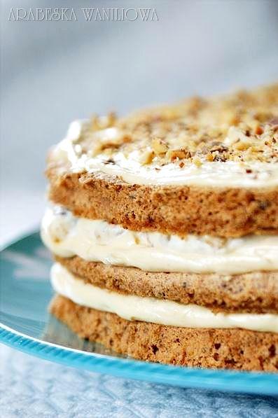 Ten tort jakieś dwa, trzy lata temu był prawdziwym hitem na blogach. Wtedy podziwiałam go tylko u innych i odkładałam samodzielne wykon...