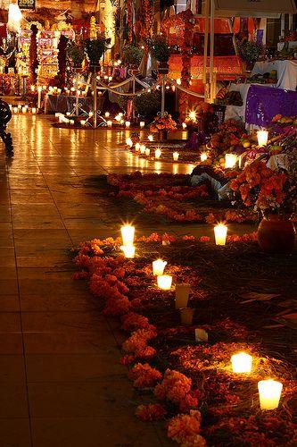 Dia de muertos, Tetela de Ocampo, Mexico. [ MexicanConnexionforTile.com ] #culture #Talavera #Mexican