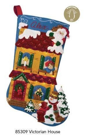 Botas de Navidad. | Patrones y piezas de Repujado en aluminio y pirograbado