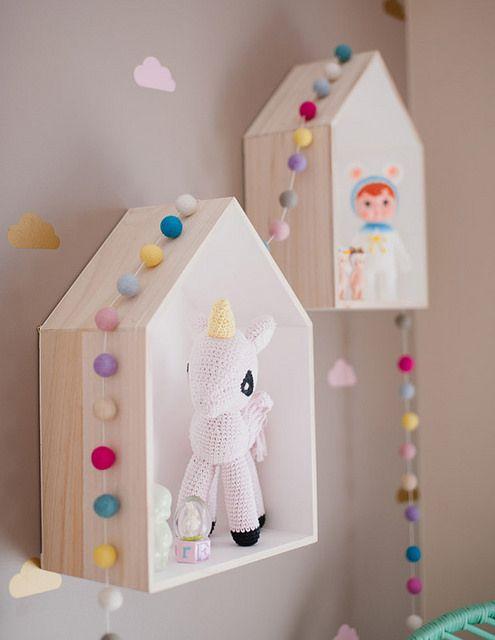 kids room ideas - little shelf houses