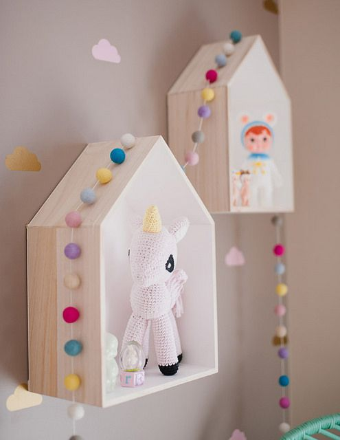 kids room ideas - little shelf houses