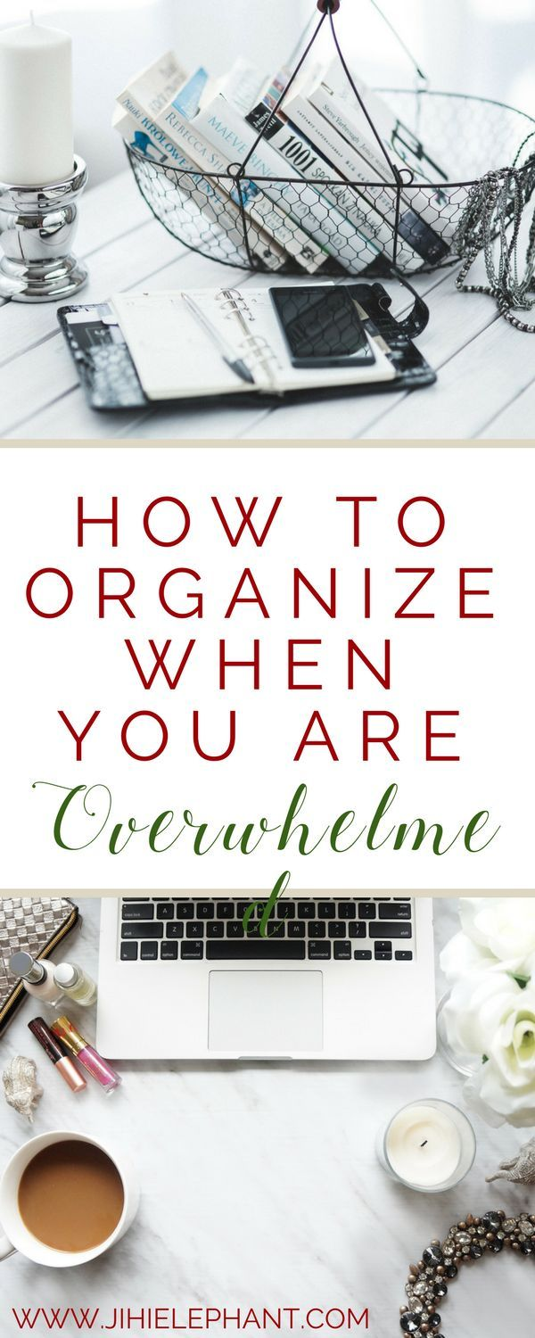 A common problem people have when it comes to organizing is they are overwhelmed and don't know where to start. When you feel like this, you have no motivation even to get started and just like that one of your goals has gone down the drain. You can stick to your goals for the New Year, and you can get organized! Here's how you can start