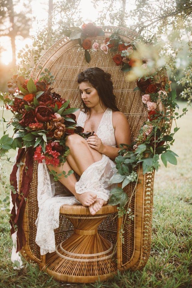 Elopement wedding inspirations shoot in Marsala   Jessi Field Photography   see more on: http://burnettsboards.com/2015/11/stylish-elopement-wedding/