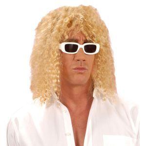 Incarnez le célèbre chanteur le temps d'une soirée, grâce à cette perruque blonde de Michel Polnareff.