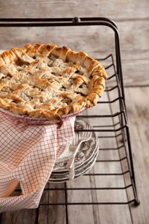 Crunch Top Apple Pie #pauladeen