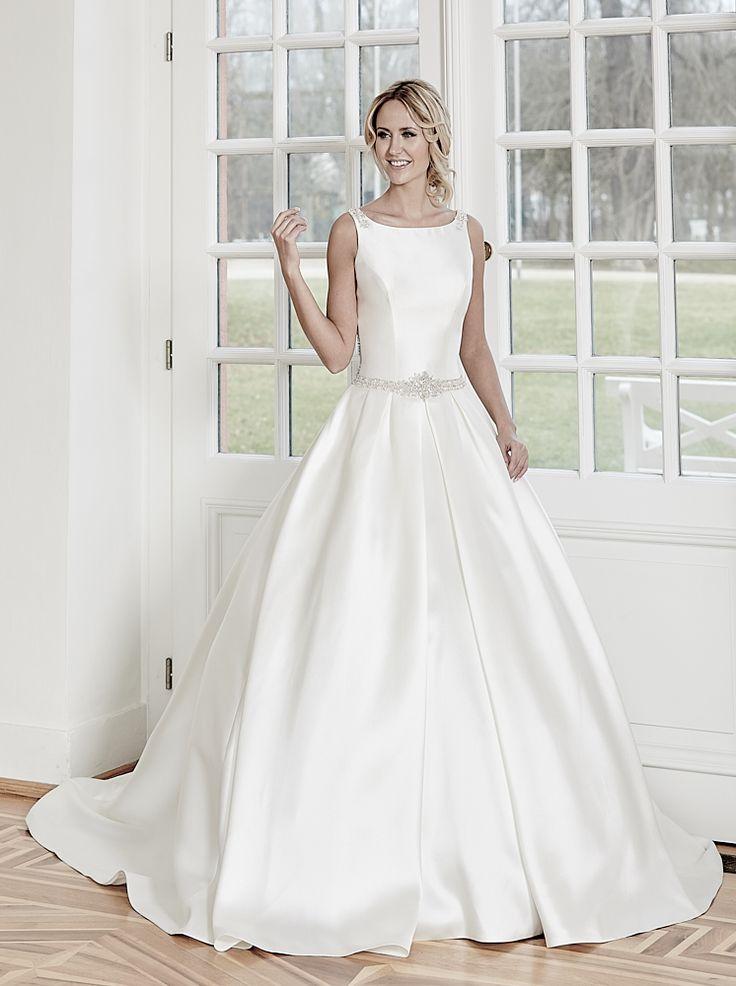 Diane Legrand gown