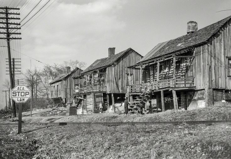 Shorpy Historic Picture Archive :: Alabama Stop: 1937 high-resolution photo