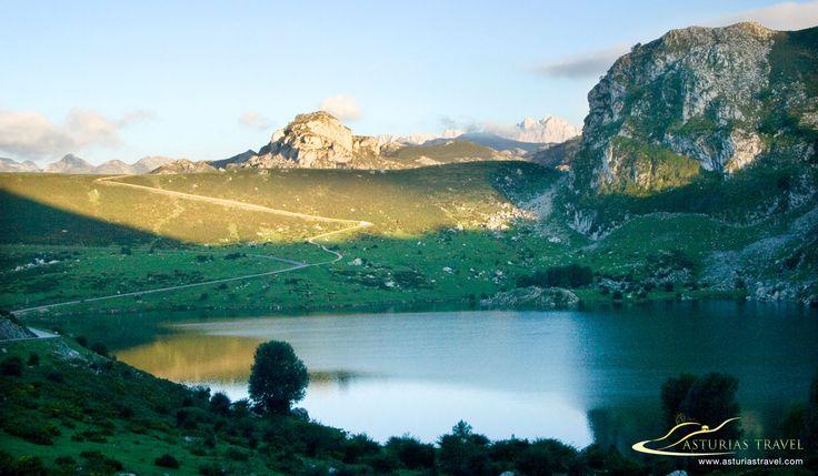Lagos de Covadonga en la zona asturiana de los Picos de Europa. http://www.asturiastravel.com