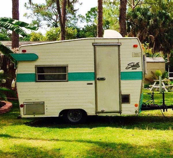 1972 Shasta Compact Vintage Camper for sale