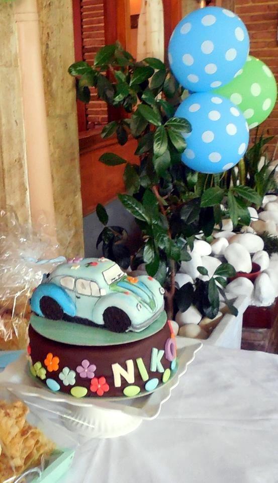 vintage VW car cake