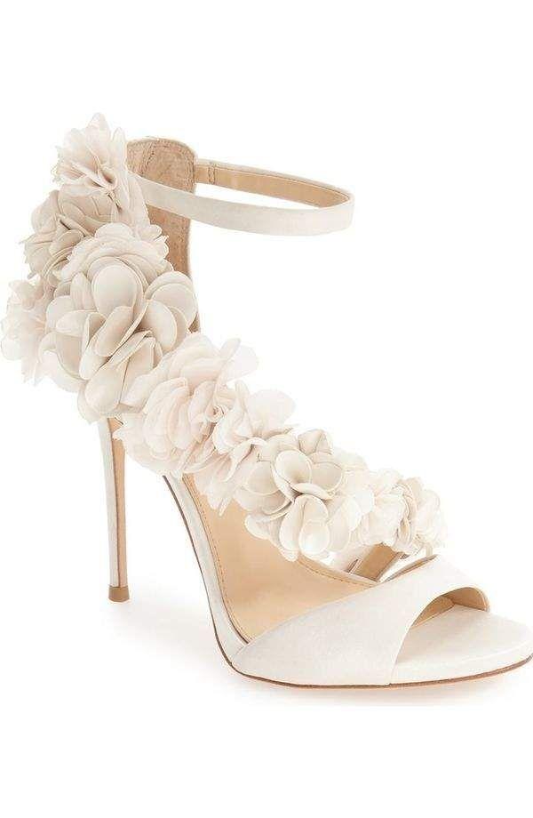 Cinderella Worthy Wedding Shoes Youd Never Leave Behind