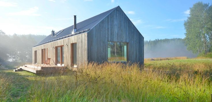 Located in Tenala, Finland, the wooden single-family house by MNy Arkitekter is an interpretation of the building traditions more commonly seen in the Baltic Sea regions.
