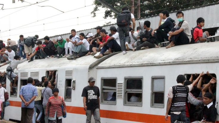 Economic Train with Rooftop Riders