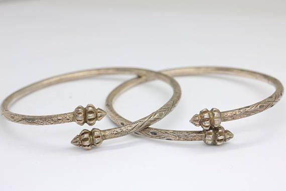 Paar van antieke zilveren west-Indische armbanden/antieke bangle/sterling zilveren armbanden/slave bangle/antieke armband/Trinidad/gratis verzending