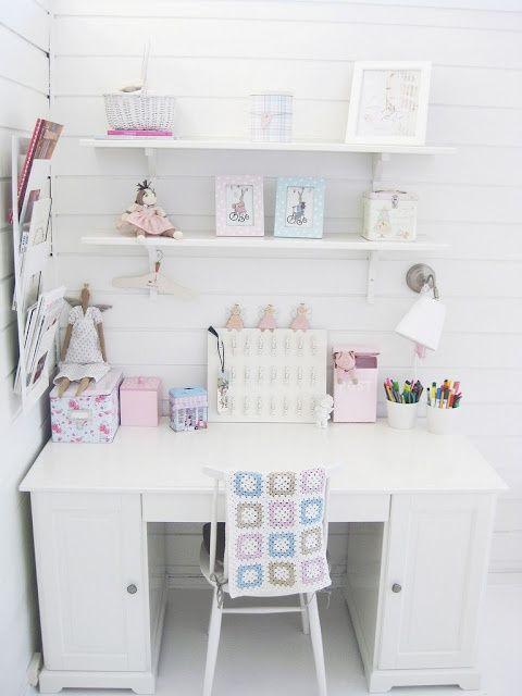 Good Bureau Fille Rose Et Blanc 8 Bureau Remc Homes