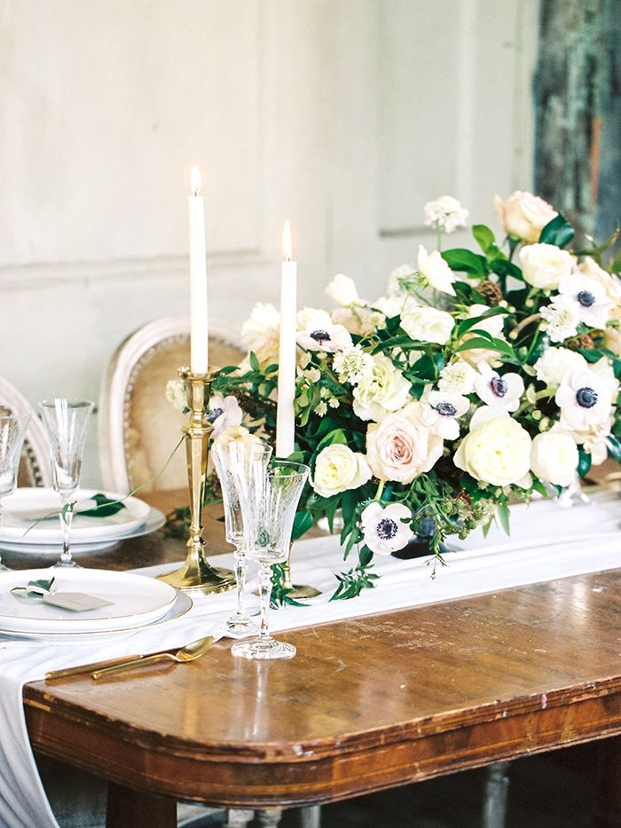 Black and White and Blush Centerpiece with Antique Gold Decor    #wedding #weddings #fineartweddings #weddingideas #filmphotography #centerpiece #floraldesign