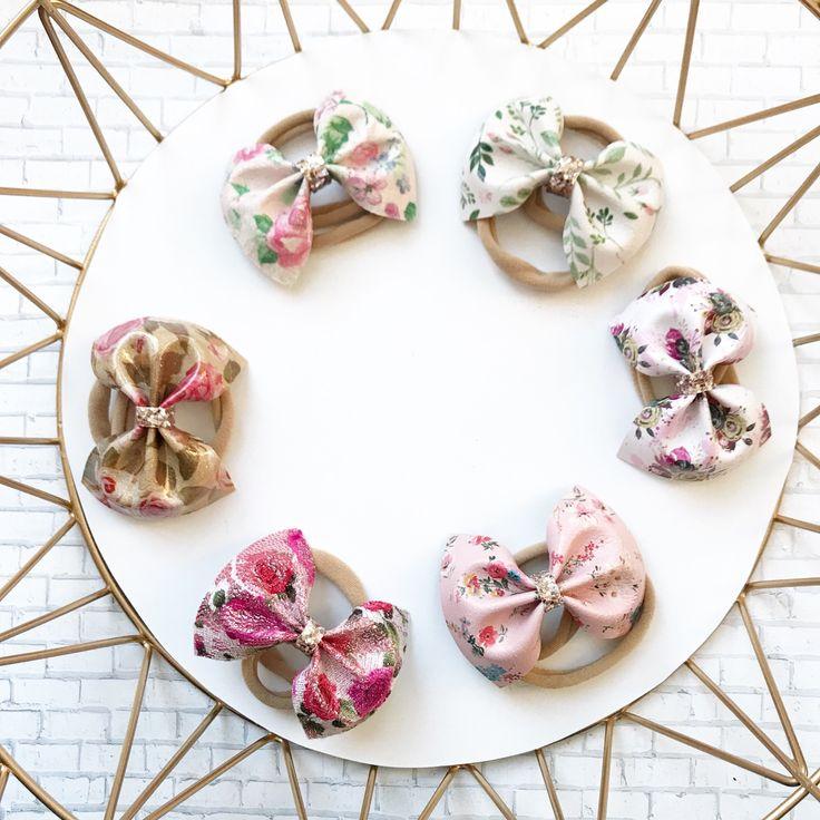 Pretty floral bow headband.
