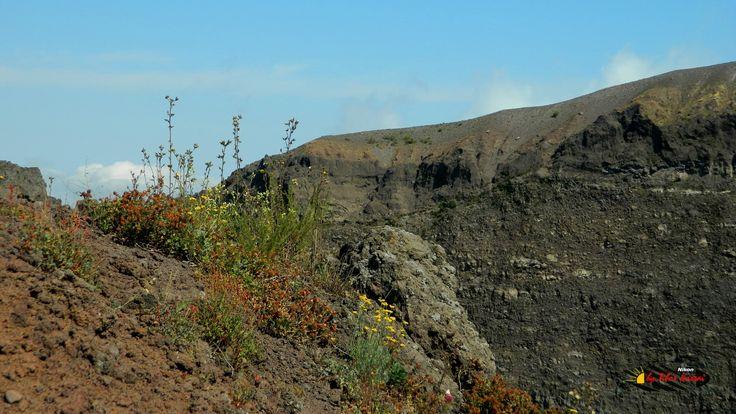 Mount Vesuvius,  Nikon Coolpix L310, 10.2mm,1/400s,ISO80,f/3.8,+1.0 201507131037