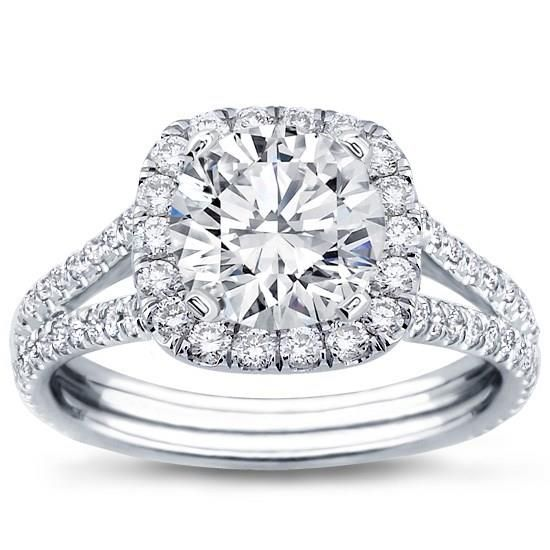 Split Shank Halo Setting for Cushion Cut Diamond with GIA Certified K VVS2 Excellent Cut Round Diamond center diamond