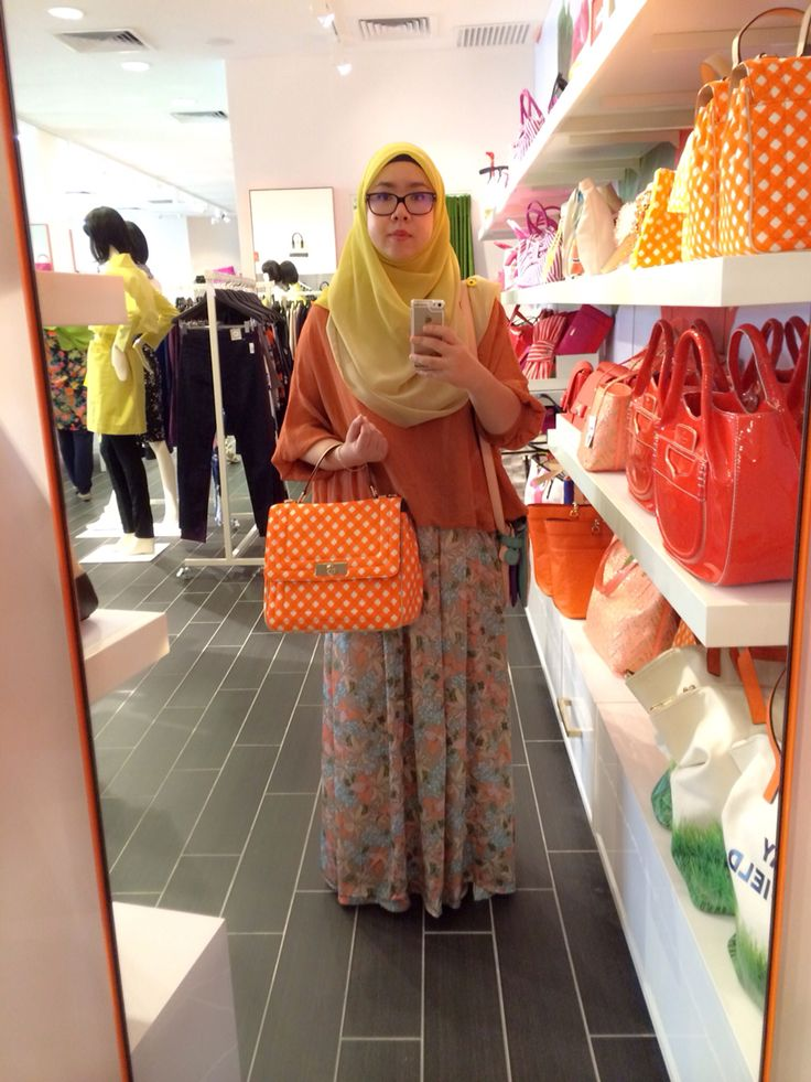 ootd wearing shawl from laceohlace skirt from blossomboxstore bag from kate spade
