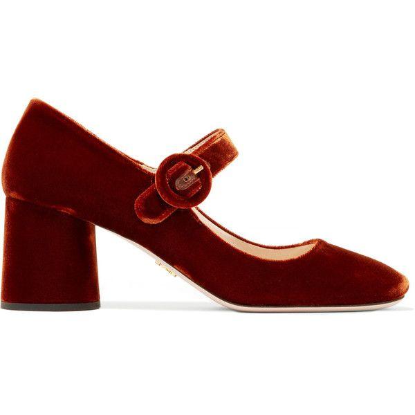 Prada Velvet Mary Jane pumps (37.910 RUB) ❤ liked on Polyvore featuring shoes, pumps, heels, velvet pumps, t-strap mary janes, strap pumps, velvet shoes and strappy pumps