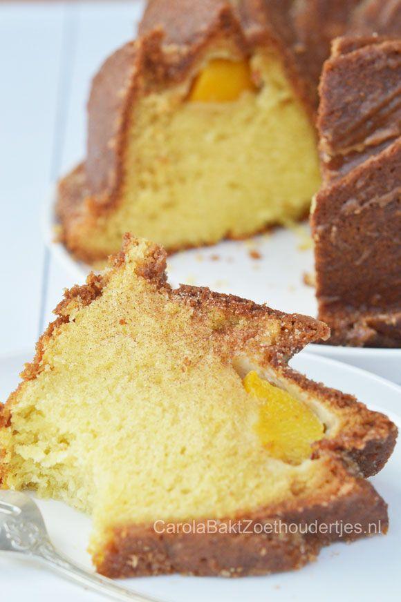 Fluweel zachte perzik cake, leuk om een keer te proberen.