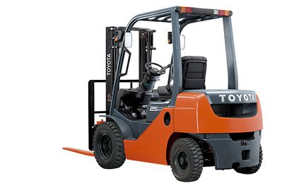 Faster acceleration and lift speeds plus enhanced operator safety and comfort - this forklift can increase productivity.