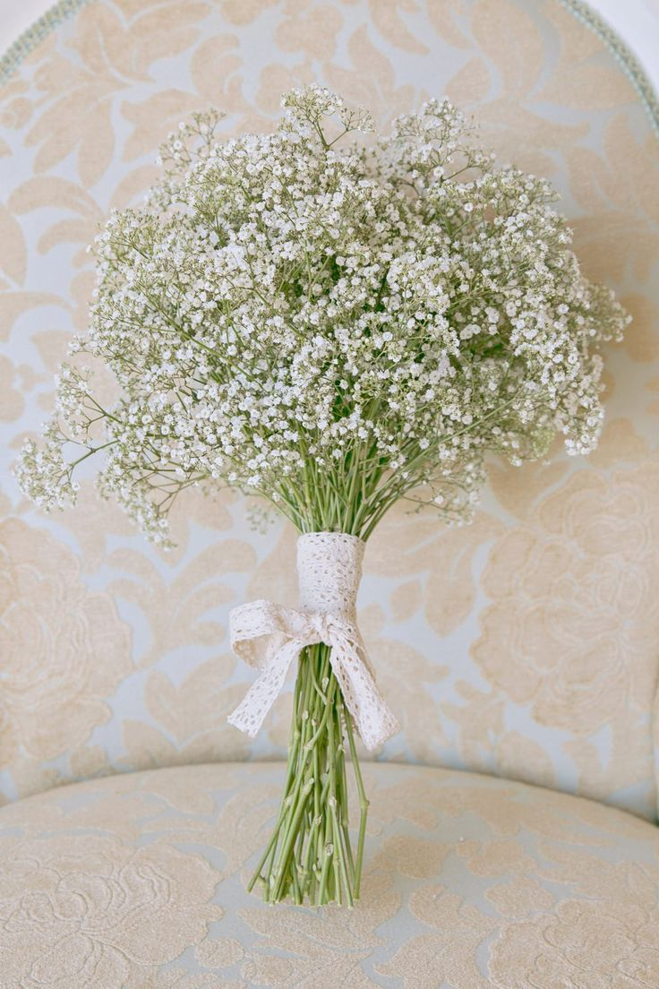 Gypsophila Bridal Bouquet | Baby's Breath Bridesmaid Posey | Classic Wedding | Outdoor Ceremony | http://www.rockmywedding.co.uk/alex-james/ | Images by Mckenzie Brown Photography.