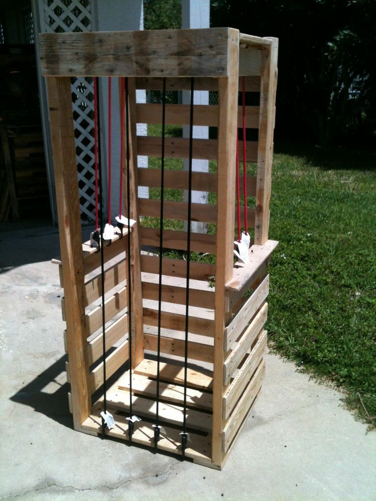 Cuddly toys zoo pallet ideas toys zoos and baskets for Toy pallets