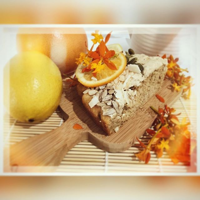 "Here's the recipe for my citrus cake with vegan ""#buttercream "" Dairy free, gluten free, paleo, refined sugar free and vegan alternatives.  INGREDIENTS  CAKE: 1 lemon & 1 orange - zest and juice 2 cups steamed cauliflower florets 1/4 cup coconut sugar (or granulated #stevia )  1/2 cup stevia  2 eggs** (vegans sub for flax egg)  1/4 cup + 1 tbsp #coconutoil  1/4 cup unsweetened applesauce  3 tsp vanilla - divided  1/2 tsp pure vanilla bean paste  1 1/4 cups all purpose gluten free flour  1/2…"