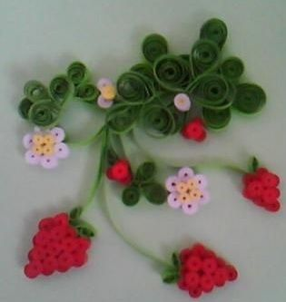 This quilling craft, quilled strawberry, is created by using strips of papers and the key of creating a good quilling craft is the use of color and the use of bright colors. Quilled crafts are normally used to create cards for wedding invitations or other parties invitations.