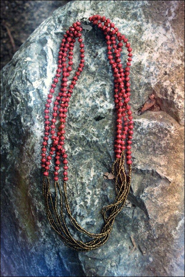 Aluna Rode/Turkooise Oegandese kralen ketting | Made By 22 Stars