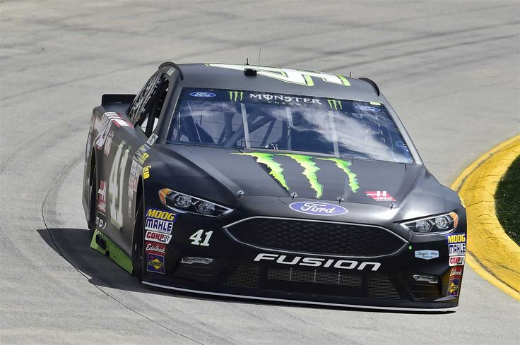 STP 500 (Martinsville) Apr. 2, 2017 Kurt Busch will start 14th in the No. 41 Stewart-Haas Racing Ford. Crew chief: Tony Gibson Spotter: Tony Raines