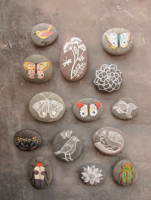 makes me want to paint on pebbles