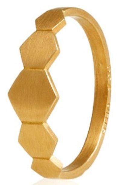 Ring by Stinne Holm