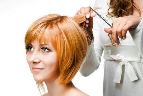 Visage ovale coupe de cheveux