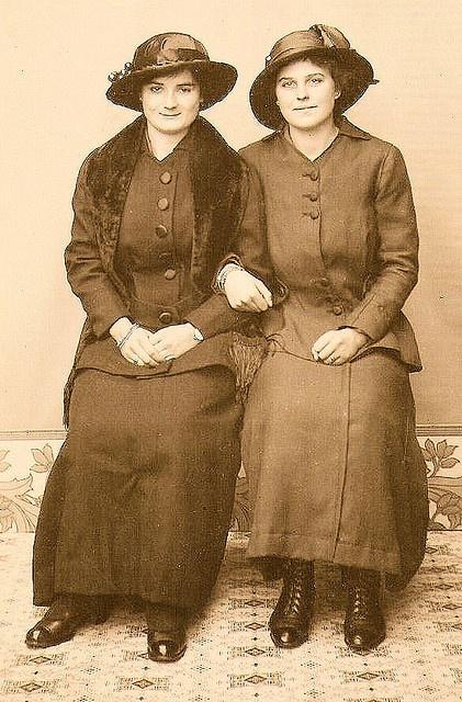 sisters, vintage,