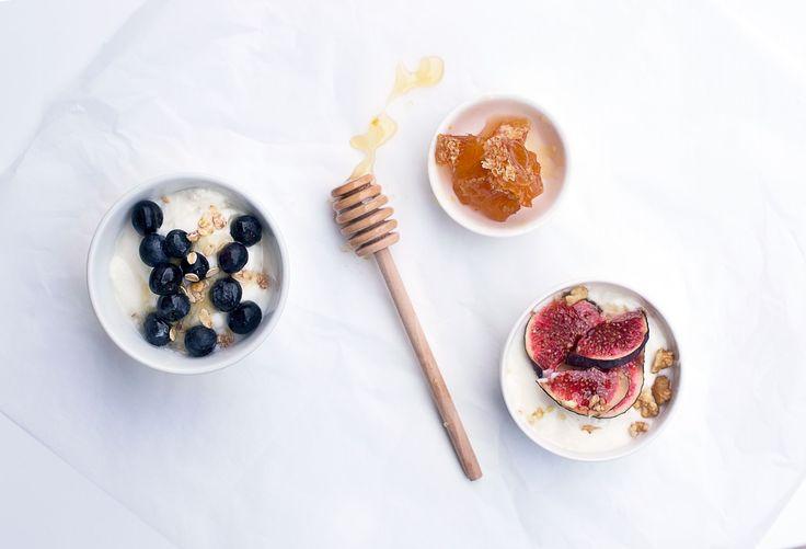 Jeg var ikke forberedt på at det skulle være så enkelt å lage yoghurt….