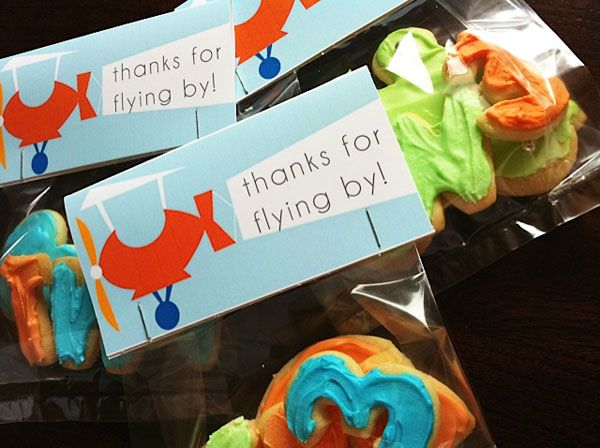 favor tags - airplane party idea
